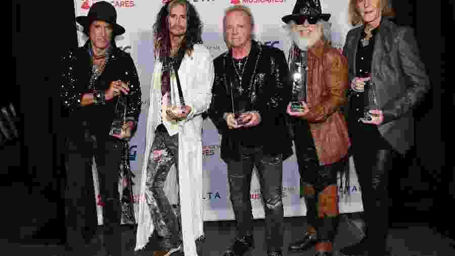 Joe Perry, Steven Tyler, Joey Kramer, Brad Whitford e Tom Hamilton, do Aerosmith, na festa dos 50 anos da banda - Kevin Mazur/Getty Images for The Recording Academy
