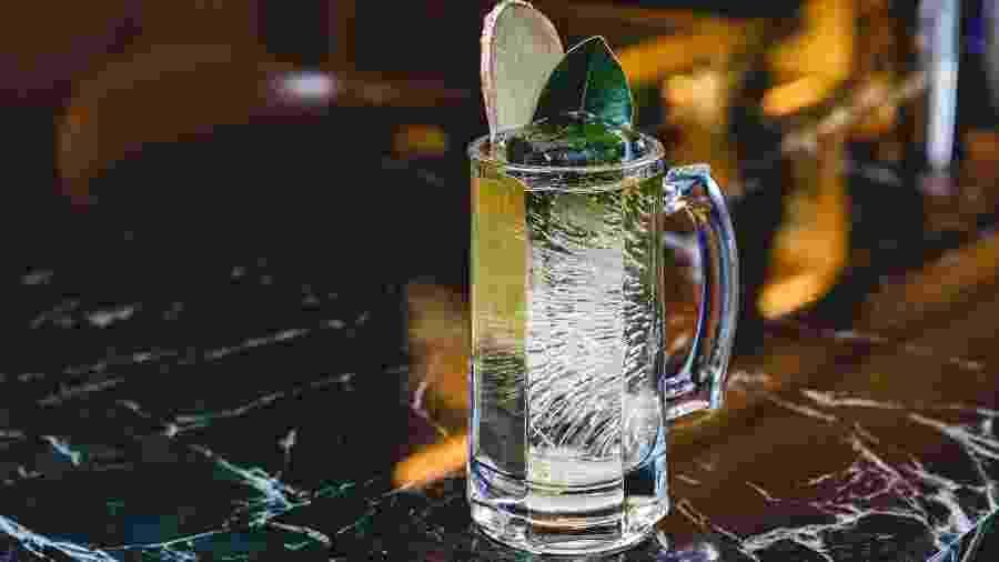 Highball, como este do Caledônia, está conquistando os bebedores brasileiros - Thales Hidequi