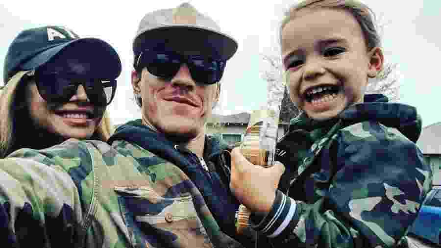 Naya Rivera e Ryan Dorsey com o filho, Josey - Reprodução/Instagram