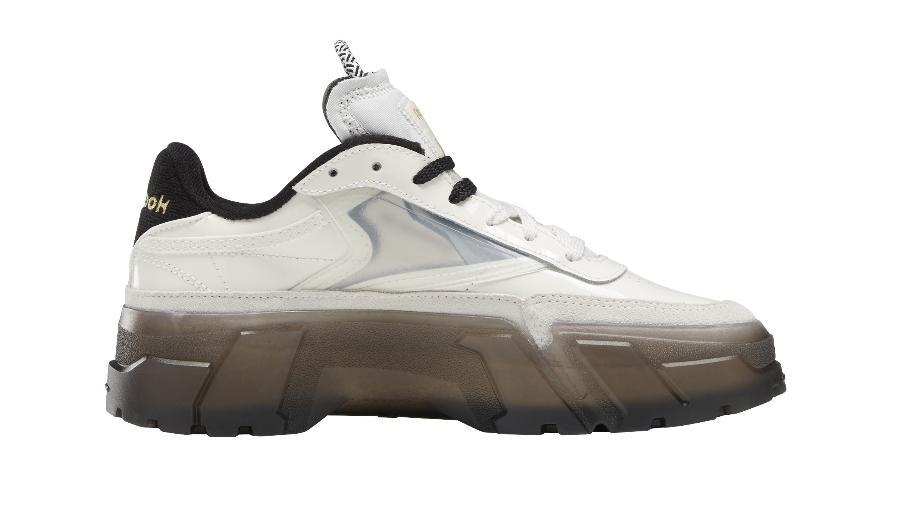 Sapato é a primeira colaboração de Cardi B com a Reebok - Divulgação