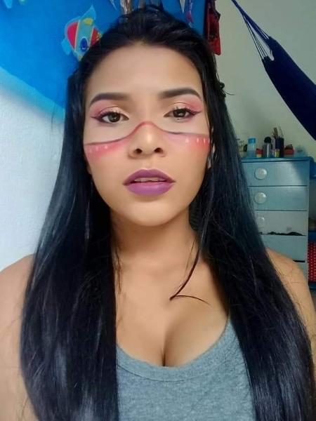 Stella Kumaruara, 19, da aldeia Solimões, é uma das fundadoras do Jovem Tapajônico do Pará - Arquivo pessoal