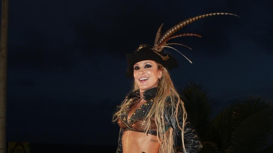 Claudia Leitte em cima do trio em seu último dia de Carnaval em Salvador - Dilson Silva/AgNews