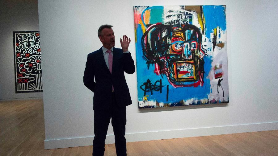 O quadro de Jean-Michel Basquiat foi leiloado em Nova York por 110,5 milhões de dólares - Don Emmert/AFP