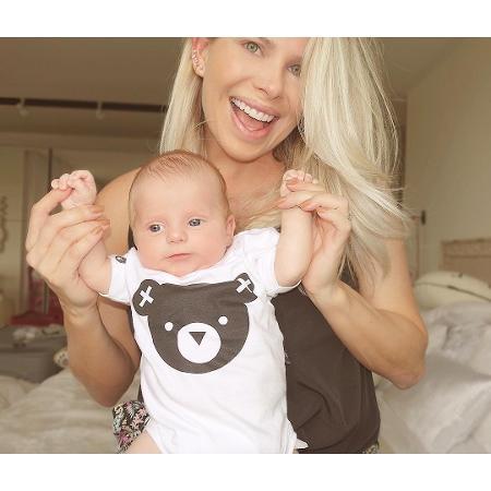 Karina Bacchi e o filho, Enrico - Reprodução/Instagram