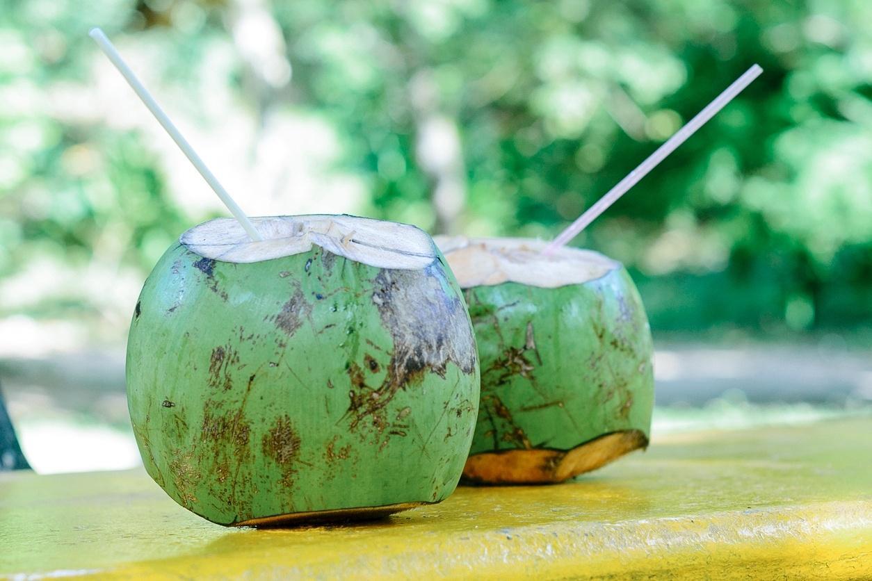 uso medicinal de agua de coco
