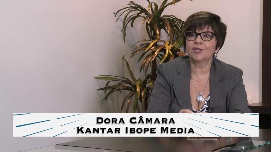 """Dora Câmara, uma das """"mães"""" da instalação do aparelhinho de medição de audiência no Brasil - Reprodução / YouTube"""