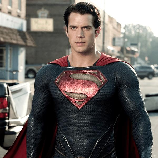 Henry Cavill em cena de Superman; ator já fez teste para viver James Bond, mas perdeu a chance