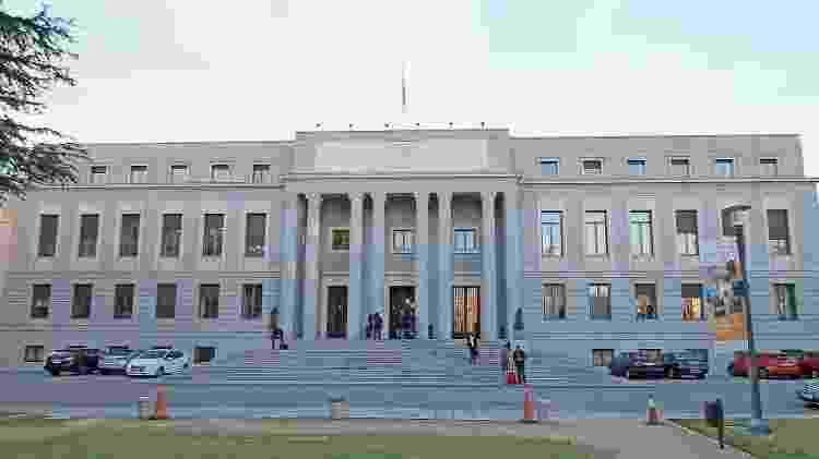 Conselho Superior de Investigações Científicas em Madri, prédio usado como fachada da Casa da Moeda na série La Casa de Papel - Luis Garcia/WikiCommons