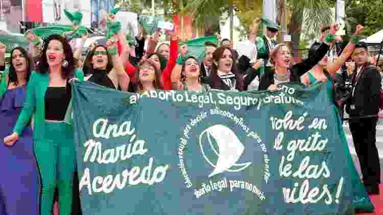 """Exibição de """"Que Sea Ley"""" teve manifestação a favor da legalização do aborto na Argentina, em tons de verde - REUTERS/Jean-Paul Pelissier"""