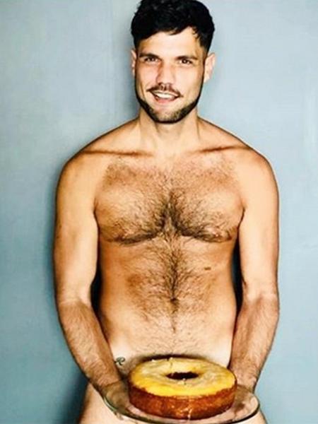 Betto Marque, o Tonho de A Dona do Pedaço, faz ensaio sensual nu - Reprodução/Instagram