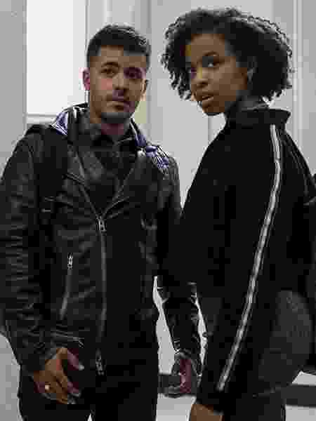 """Ani (Grace Saif) e Tony (Christian Navarro) em """"13 Reasons"""": vale a pena dar uma segunda chance? - Divulgação/IMDb"""