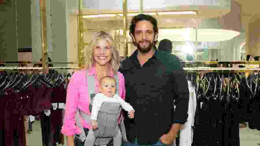 Amanda Kloots e Nick Cordero tiveram um filho, Elvis, que completou um ano em junho - Noam Galai