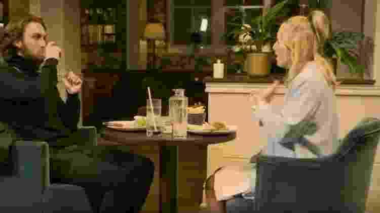 Poppy sentiu que seu par foi compreensivo com ela e seu relacionamento - BBC - BBC
