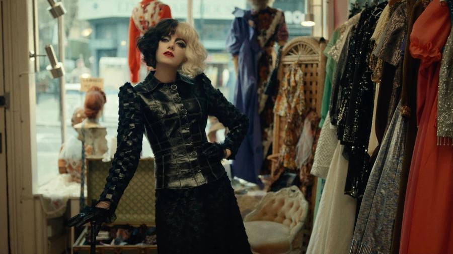 """Emma Stone em """"Cruella"""" - Divulgação / Walt Dinsey"""