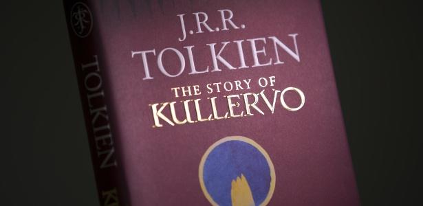 """Capa do livro """"The Story of Kullervo"""" (""""A História de Kullervo""""), primeiro trabalho em prosa de J.R.R. Tolkien, escrito entre 1914-1915, que está sendo lançado em livro - Justin Tallis/AFP Photo"""