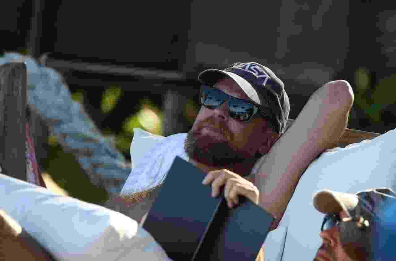 Esta foto foi tirada pelo paparrazo Gabriel Reis e seria um sósia de Leonardo DiCaprio - Gabriel Reis/AgNews
