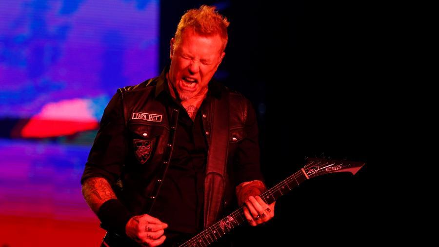 O Metallica durante show no Lollapalooza, em 2017 - Alexandre Schneider/UOL