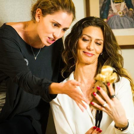 """Ivana (Carol Duarte) e Joyce (Maria Fernanda Cândido) em cena de """"A Força do Querer"""" - João Miguel Júnior/TV Globo"""