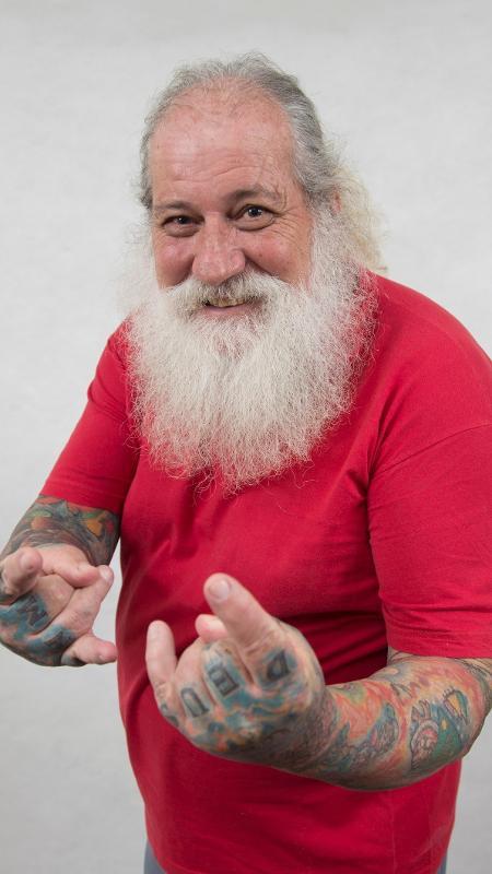 """Papi Noel, participante de """"A Casa"""" - Divulgação/Record"""