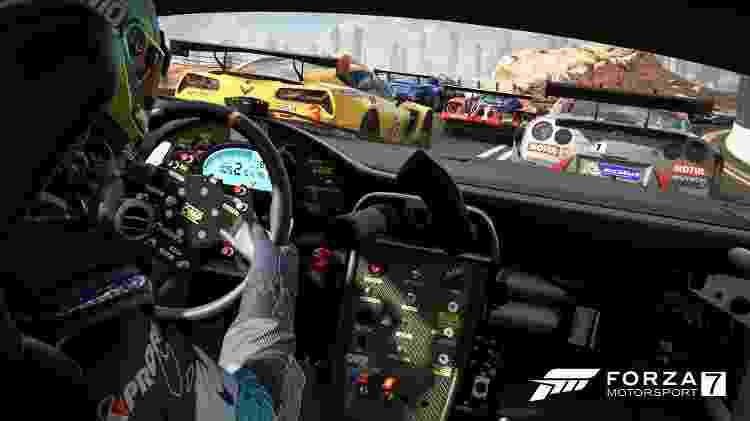"""Os visuais de """"Forza Motorsport 7"""" fica ainda mais impressionante no Xbox One X - Reprodução"""
