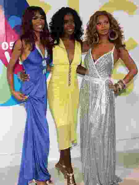 Beyoncé no VMA em 2005 com Michelle Williams e Kelly Rowland - Getty Images - Getty Images