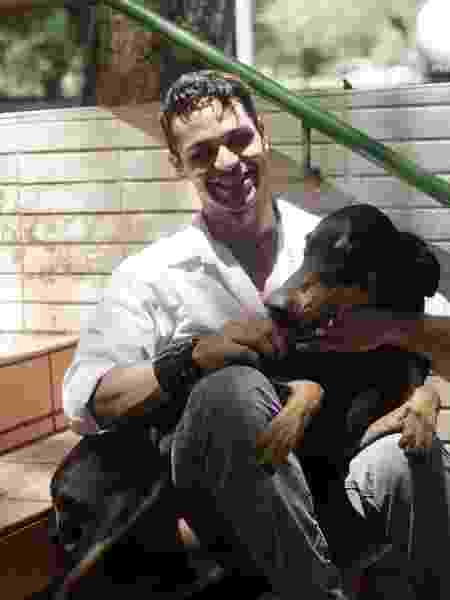 Alexandre e a cachorrinha de guarda, Eva - Arquivo Pessoal