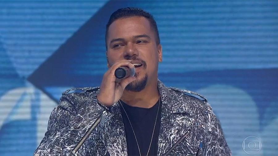 Depois de quase 6 meses afastado dos palcos para tratar uma miocardite, Bruno Cardoso volta ao Sorriso Maroto - Reprodução/TV Globo