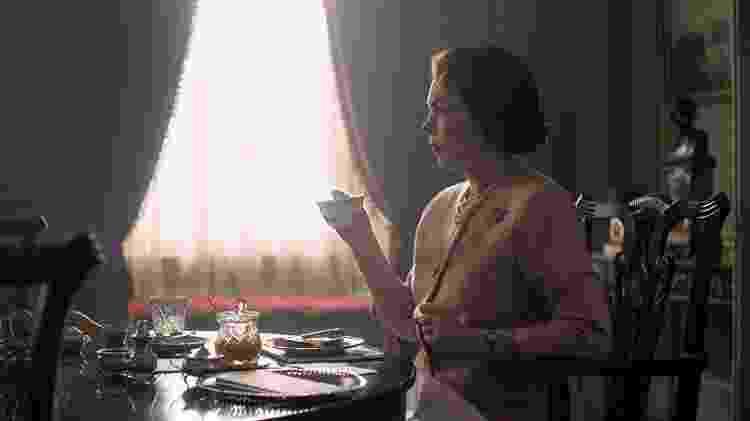 Olivia Colman em The Crown - Reprodução