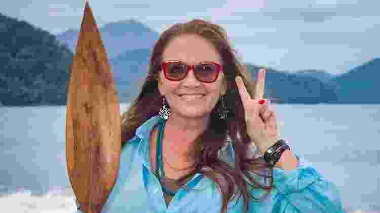 """Cristina ainda se diverte com a engraçada história do """"Fecha na Prochaska!"""" de um baile de carnaval - Reprodução/Facebook/CristinaProchaska - Reprodução/Facebook/CristinaProchaska"""