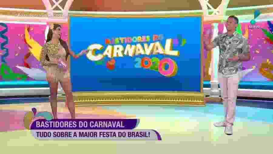 Flavia Noronha e Leo Dias no comando do Bastidores do Carnaval - Reprodução