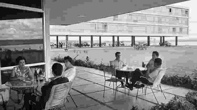 Varanda do Brasília Palace - René Burri - René Burri