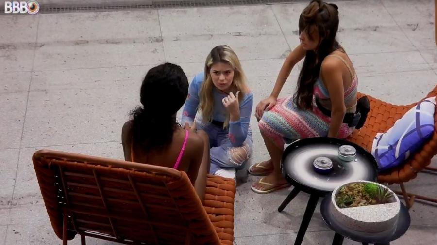 BBB 21: Camilla revela para Viih Tube e Thaís poder de Carla Diaz - Reprodução/ Globoplay