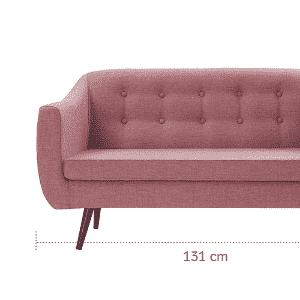 Com pouco espaço na sala de estar, a dica é escolher um sofá compacto, mas com design bonito, que se destaque. Um bom exemplo é o estofado Mimo, disponível na loja virtual Westwing (www.westwing.com.br). Com dois lugares, a peça tem carinha retrô, com pés palito e encosto em capitonê. O modelo, porém, pode compor decorações contemporâneas - Divulgação/ Arte UOL