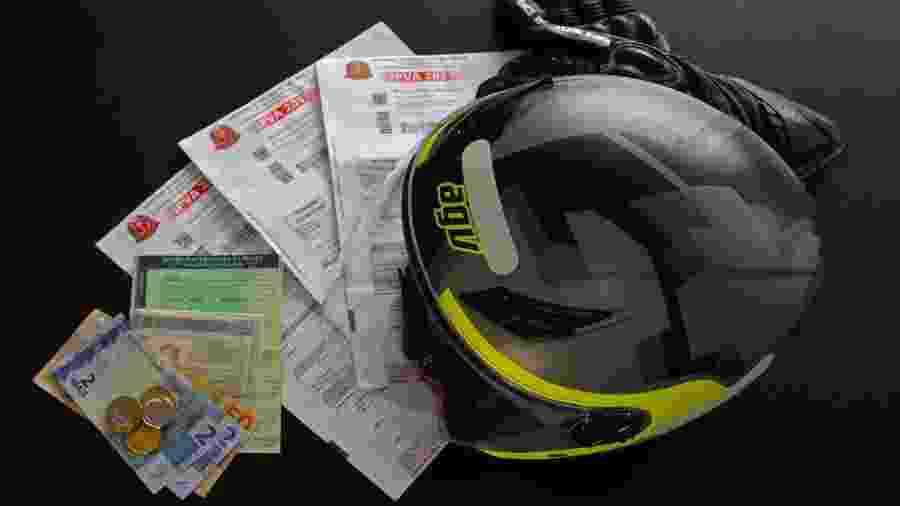 Para licenciar motocicleta, veículos de passageiros, reboque e semirreboque é preciso ter pago o IPVA e o DPVAT - Infomoto