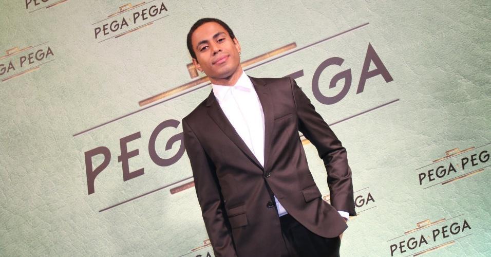 """ícaro Silva lançamento de """"Pega Pega"""", novela das sete da Globo"""