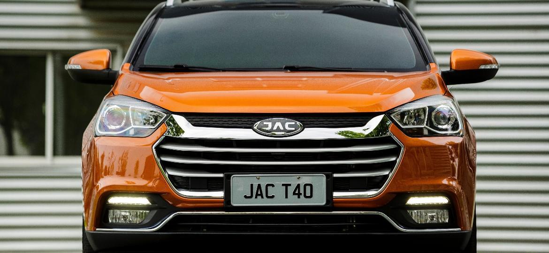JAC T40, atual carro-chefe de vendas da marca no país - Divulgação
