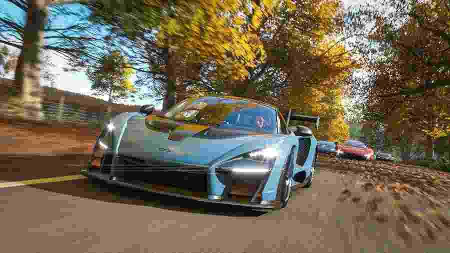 """""""Forza Horizon 4"""" é o título mais recente da franquia de corridas da Microsoft, com versões para PC e Xbox One. - Divulgação"""