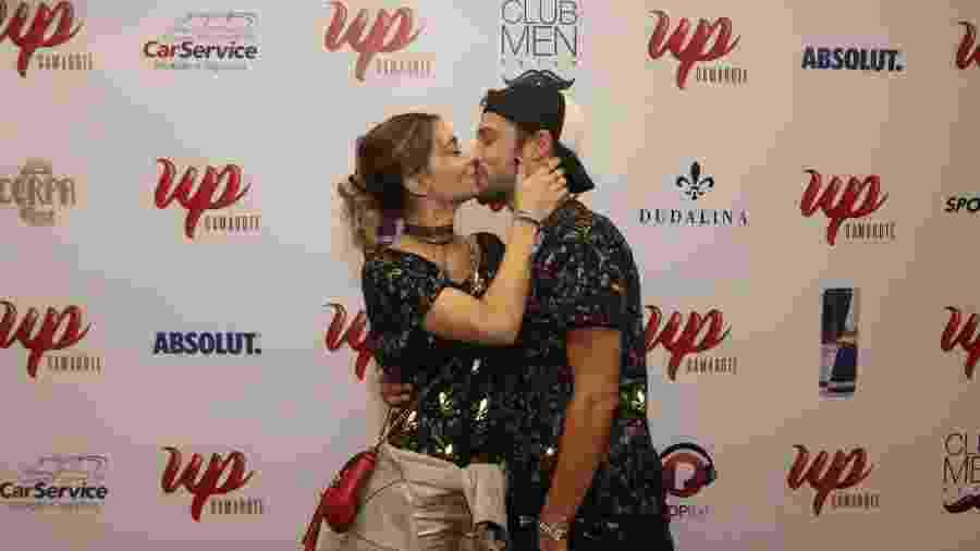 Jayme Matarazzo beija a mulher, Luiza Tellechea - Thyago Andrade/Brazil News