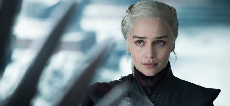"""Emilia Clarke como Daenerys em """"Game of Thrones"""" - Divulgação"""