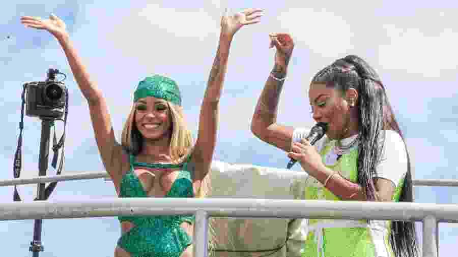 Ludmilla e Brunna Gonçalves no bloco Fervo da Lud - Paulo Tauil /BrazilNews