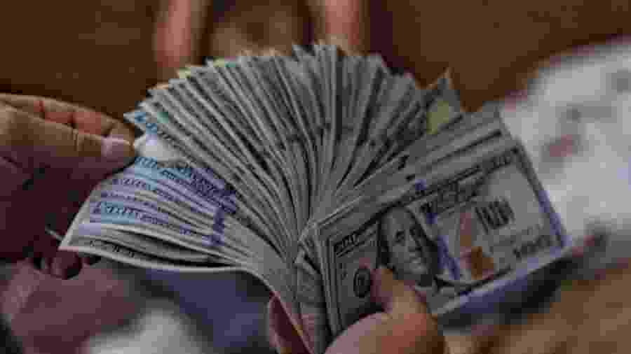 Dinheiro em agosto - Unsplash
