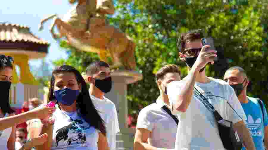 Dia de reabertura do Hopi Hari, em Vinhedo (SP): máscaras e protocolos de segurança - Reprodução/Instagram