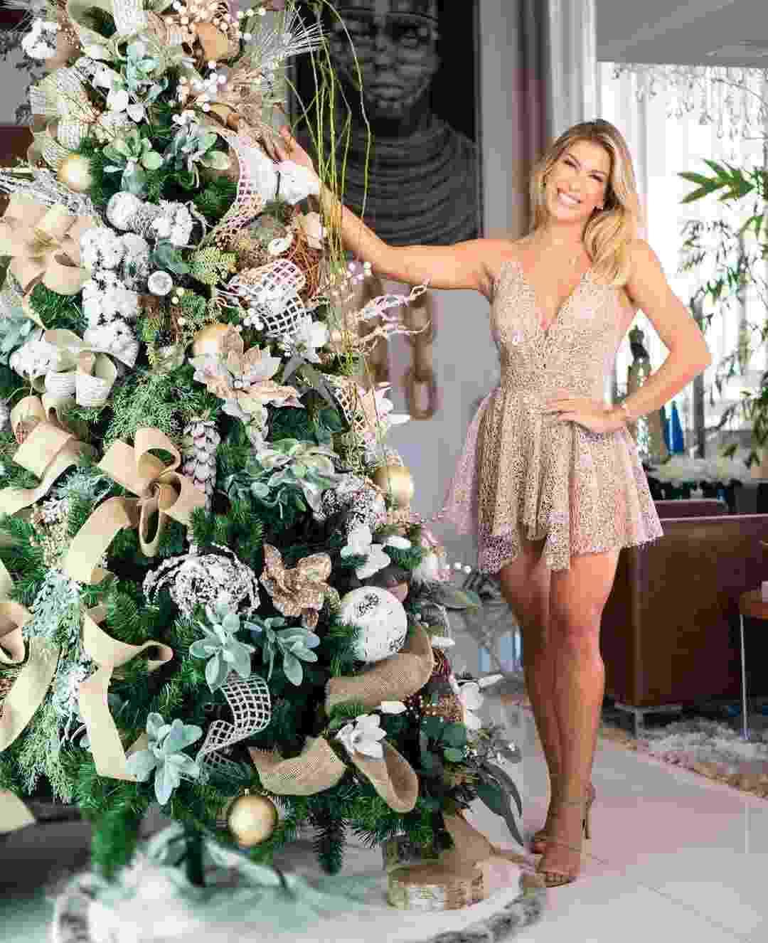 Lore Improta mostra sua árvore da Natal - Reprodução/Instagram