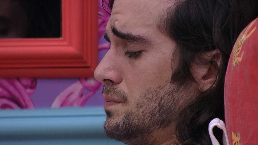 BBB 21: Fiuk chora no quarto após saber que será indicado ao paredão por Viih Tube - Reprodução/Globoplay