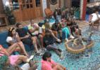 Borel toma bronca de Faro por palavrões: 'Tem que parar de falar baralho' (Foto: Reprodução/RecordTV)