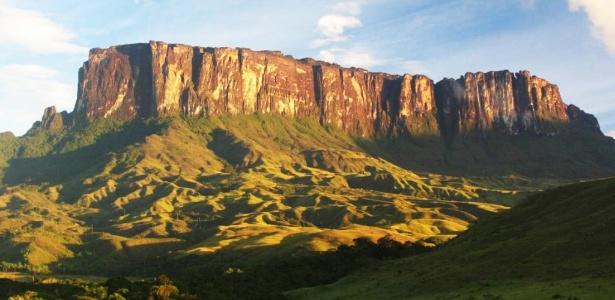 Grupo de turistas escala Monte Roraima e encontra dificuldades para voltar da Venezuela para o Brasil - Divulgação