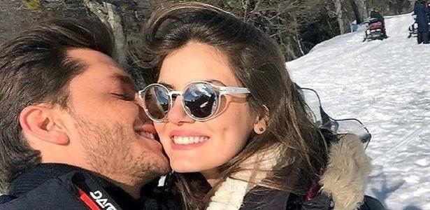 """Klebber Toledo e Camila Queiroz viajam para a Argentina após o fim de """"Êta Mundo Bom"""" - Reprodução / Instagram"""
