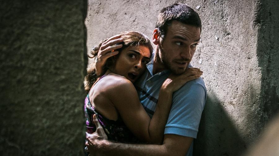 """Bibi (Juliana Paes) ajudou Rubinho (Emilio Dantas) a fugir da prisão em """"A Força do Querer"""" - Raquel Cunha/TV Globo"""
