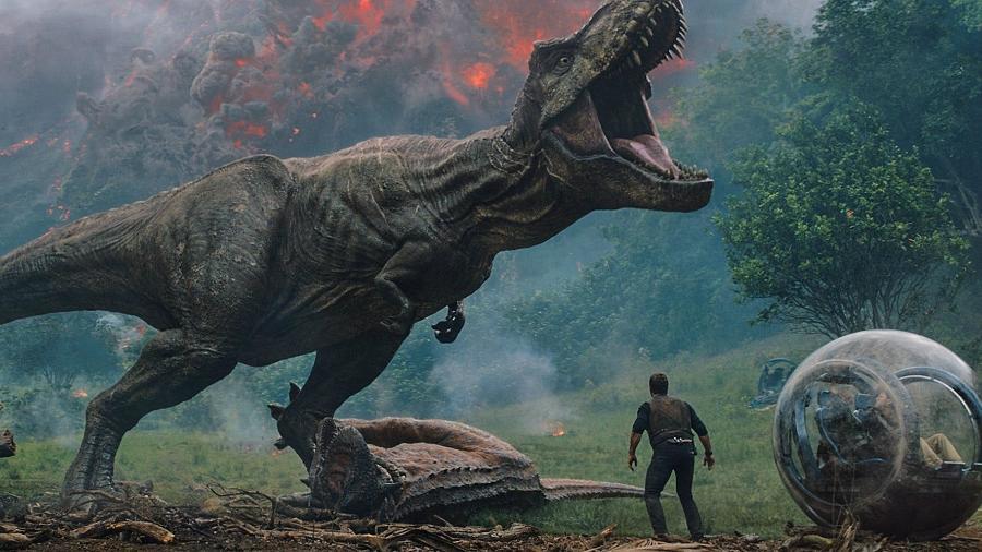 """Cena de """"Jurassic World: Reino Ameaçado"""", que chega aos cinemas em junho - Divulgação"""