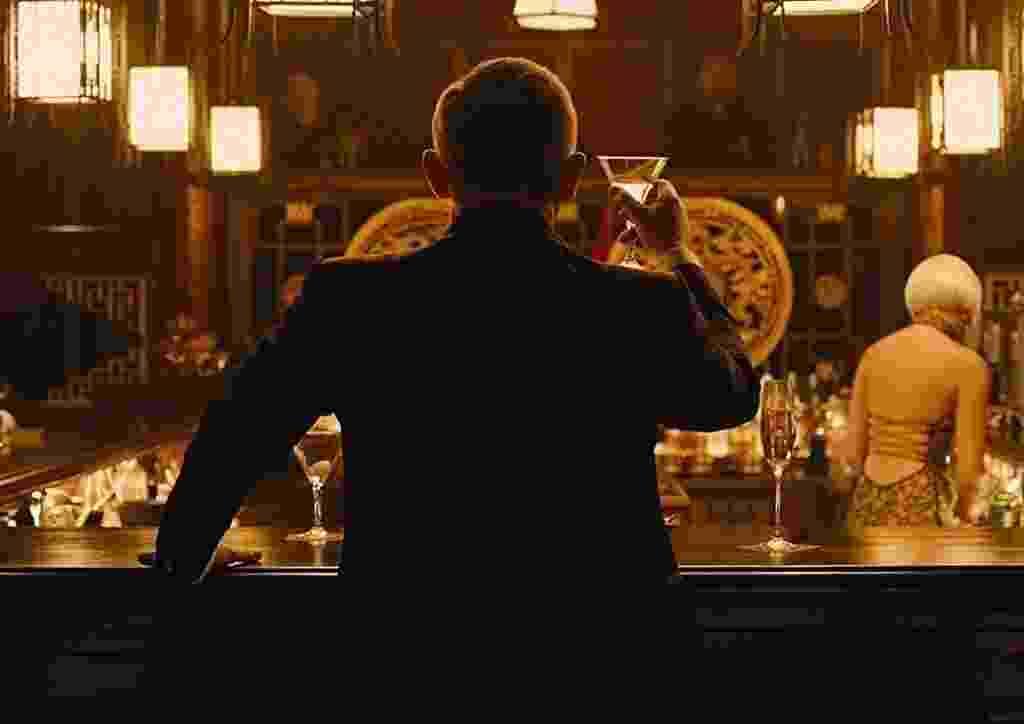 """Daniel Craig em cena de """"007 - Operação Skyfall"""" (2012) - Divulgação"""
